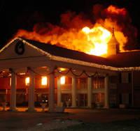 Incendio de Noviembre en Hotel Amenaza con las Ganancias de Temporada